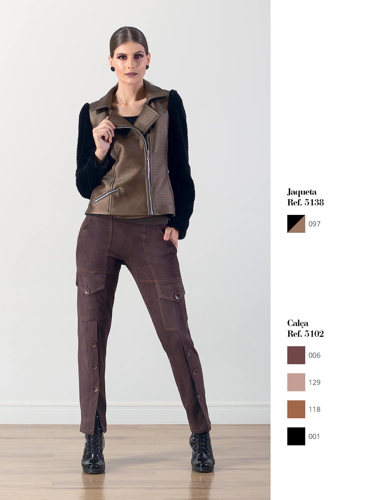 Jaqueta de couro e pele | Calça cargo com abotoamento
