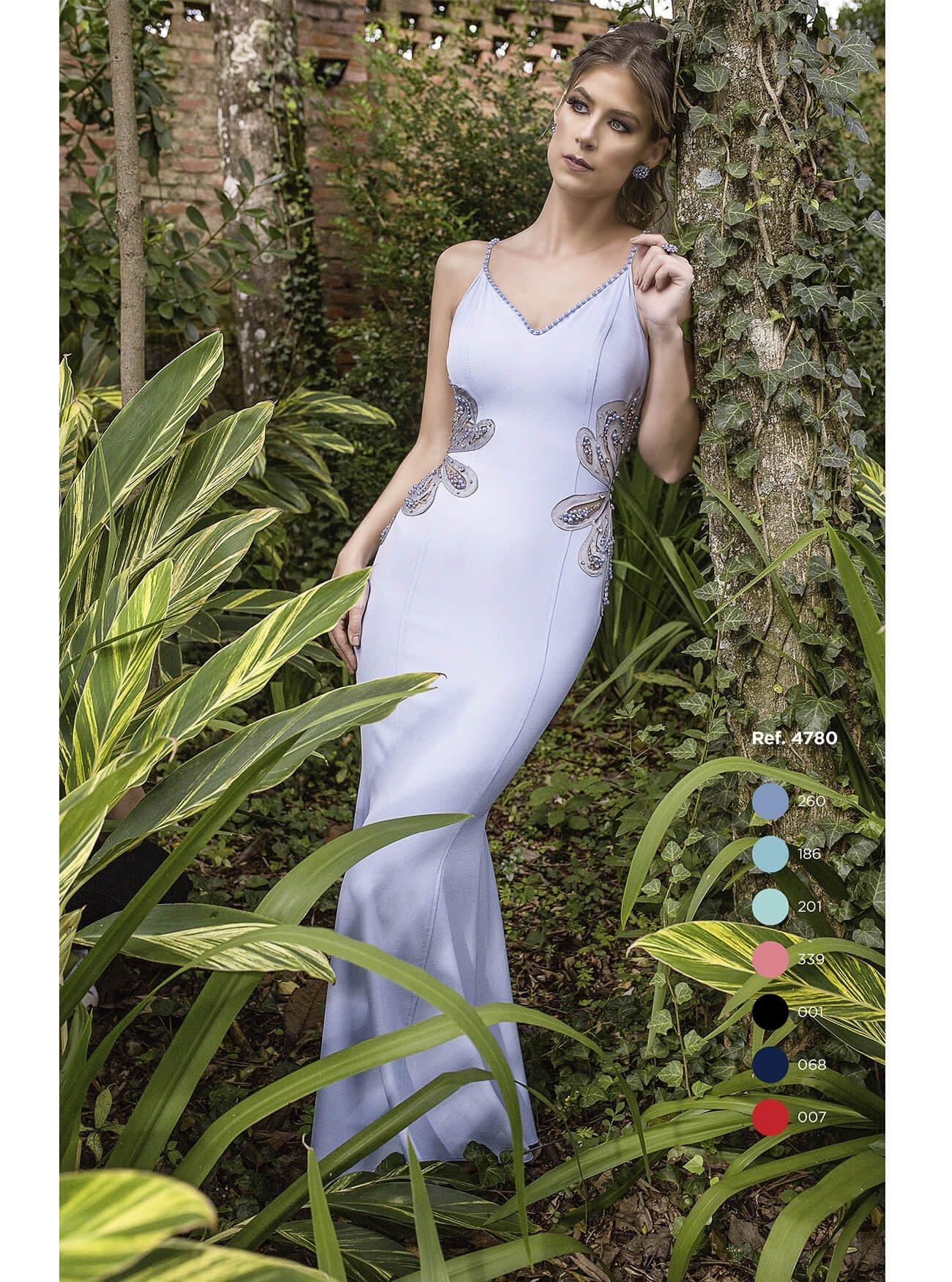 Vestido longo sereia com aplicação e bordados