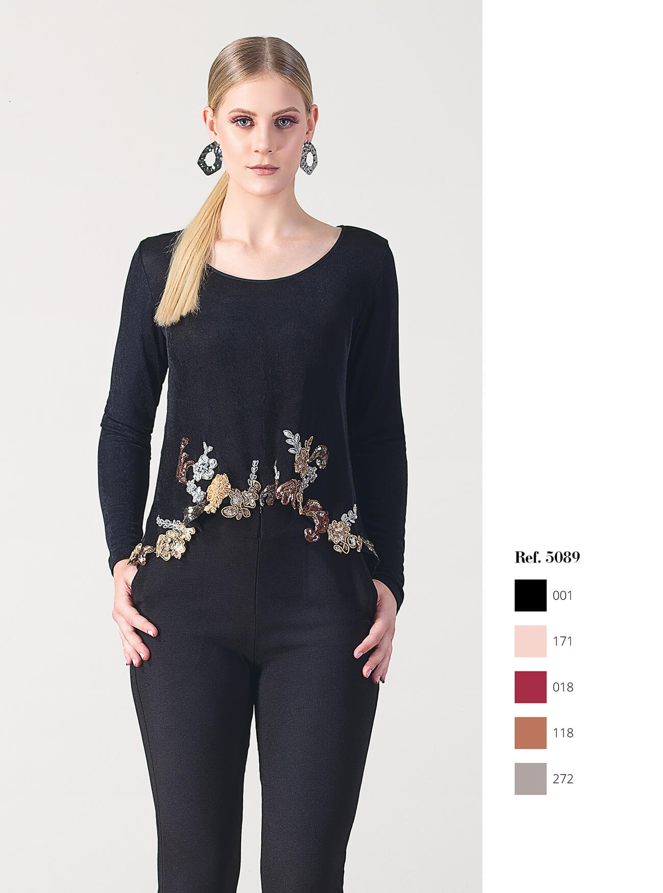 Blusa manga longa com bordados